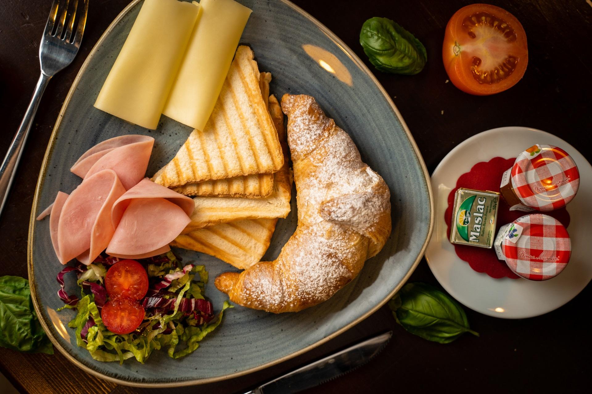 portun breakfast