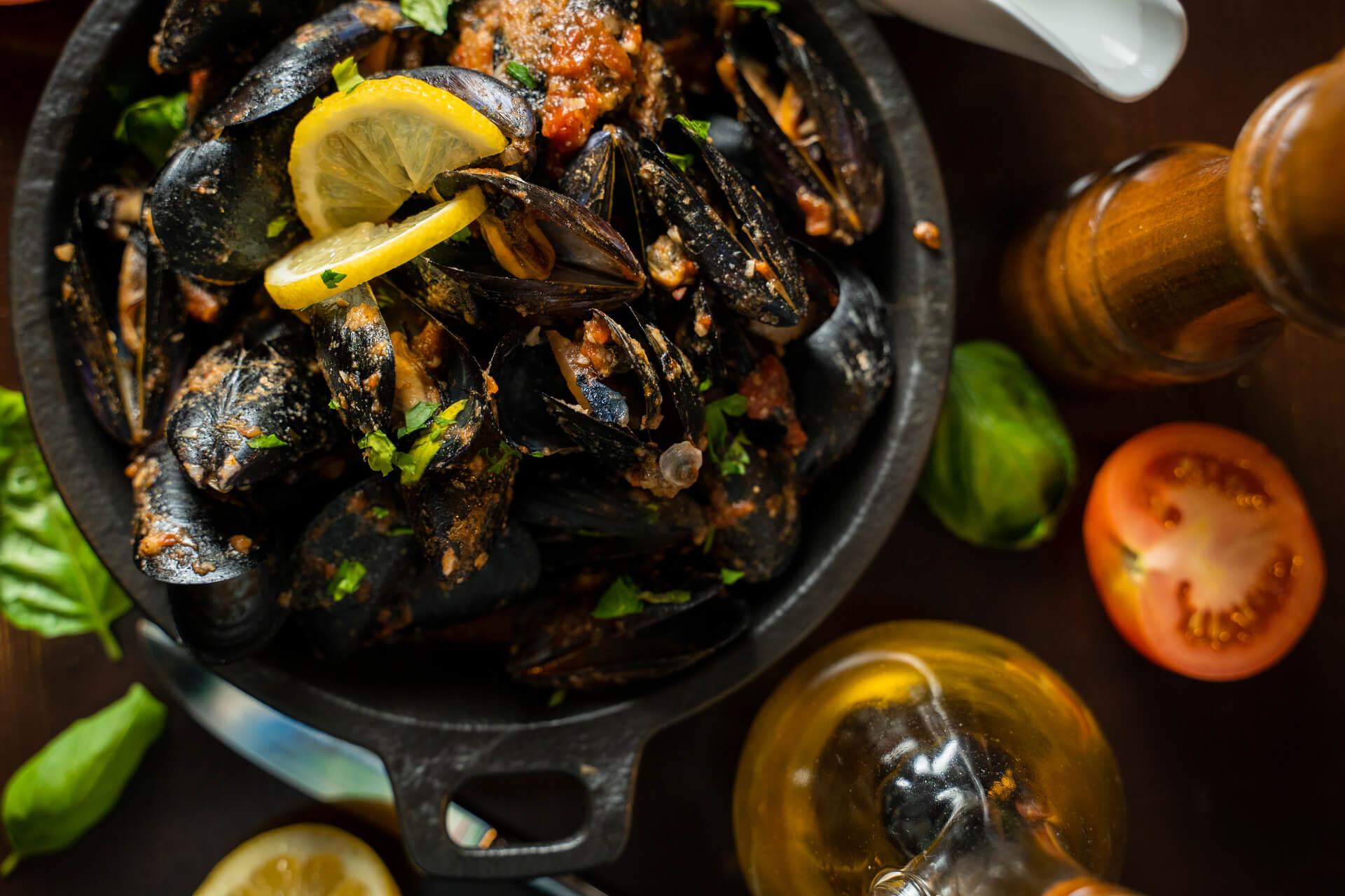 mussels a la bouzzara